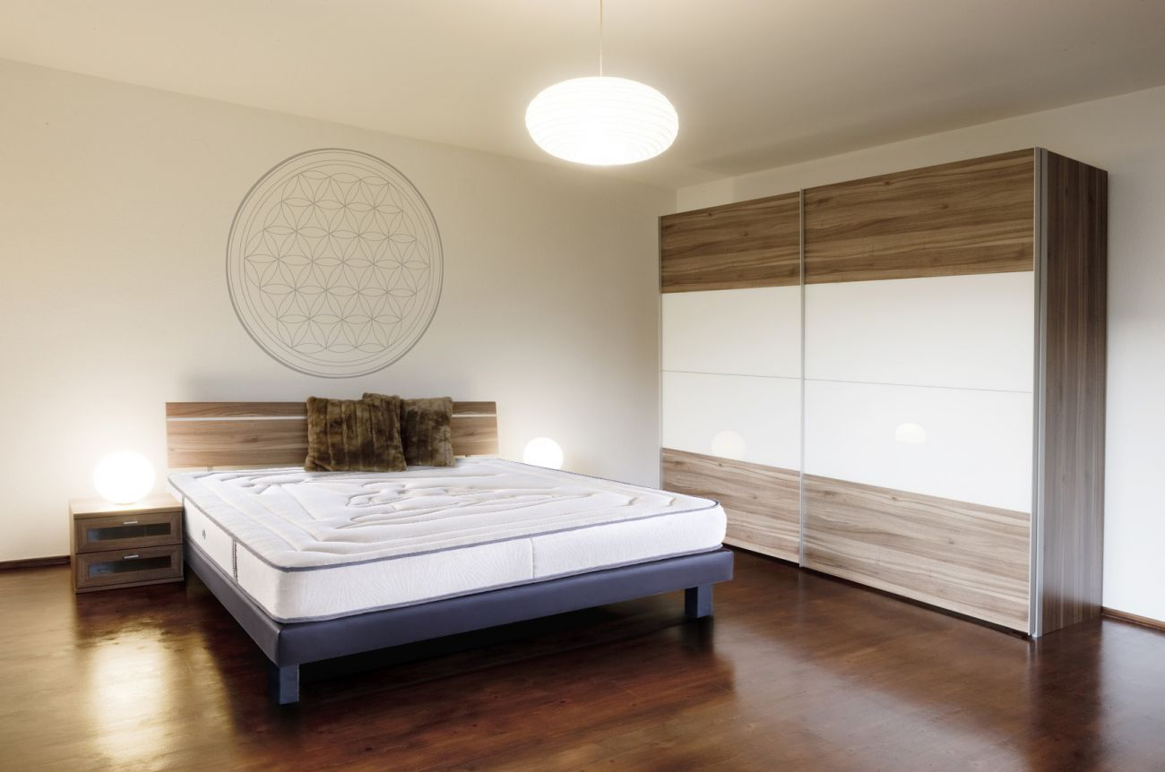 matelas supr me m moire de forme pour une consommation responsable. Black Bedroom Furniture Sets. Home Design Ideas